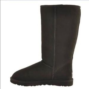 Classic Tall Black UGG Boots size 7